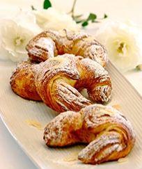 Croissants #Tastebudladies  #Croissants