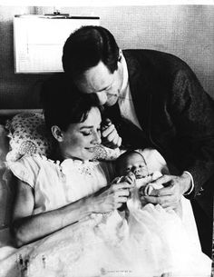 Audrey Hepburn and Mel Ferrer with their first child, Sean in 1960