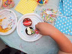 Cake Decorating Classes For Kids : 1000+ images about Cake Decorating on Pinterest Cake Decorating Courses, Cake Decorating ...