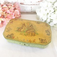 Vintage Easter Bunny & Chick Tin litho lock box 1950's Rabbit Decorations Nursery décor advertising horner toffee jewelry box by WonderCabinetArts