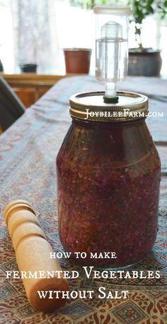 How to make fermented vegetables without salt – Joybilee Farm Probiotic Foods, Fermented Foods, Fermented Fruit Recipe, Fermentation Recipes, Canning Recipes, Fruits And Veggies, Vegetables, Preserving Food, Kefir