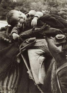 Στο δρόμο για τα χειμαδιά Ηπειρος 1963 φωτ.Κ.Μπαλάφας