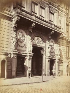 Architecture Vienna, Old Photos, Architecture, Painting, Art, Remember This, Antique Photos, Vintage Photos, Painting Art