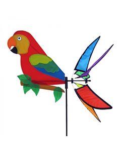 Un peu d'exotisme, ça donne envie hein?! Et pourquoi pas en faisant venir un joli perroquet dans le jardin? Ce moulin à vent va apporter de la couleur à vos extérieurs et s'animera grâce au vent qui se diffusera dans la queue. Ce joli Ara pourra supporter sans contrainte les extérieurs grâce à sa matière résistante!     Rendez vous pour la fantaisie, ici  https://lechoppe-du-vent.com/moulins-a-vent/1101-rhombus-girouette-parrot-8712051213439.html