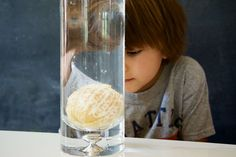 Activity for ages 3 to 8. Looking for a quick kids' science experiment that's sure to wow little scientists? This simple buoyancy activity requires just a few common household supplies. Kids will love learning why things sink and float in this easy, hands-on experiment. Playing in pools, floating down rivers, and bobbing about the ocean in their …