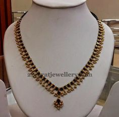 Jewellery Designs: Muvvala Haram with Black Beads Jewellery Designs: Muvvala Haram with Black Beads Gold Earrings Designs, Gold Jewellery Design, Bead Jewellery, Necklace Designs, Gold Designs, Jewelery, Handmade Jewellery, Beaded Jewelry Designs, Craft Jewelry