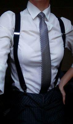 Fashion Tips Over 40 I love a white shirt Tomboy Fashion fashion Love shirt Tips white Tomboy Fashion, Fashion Outfits, Womens Fashion, Fashion Tips, Androgynous Fashion Women, Frock Fashion, Androgyny, Color Fashion, White Fashion