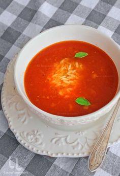 Supa de rosii reteta simpla si naturala Romania, Thai Red Curry, Soups, Food And Drink, Vegan, Drinks, Ethnic Recipes, Drinking, Beverages