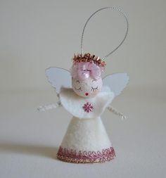 Victorian Christmas Ornaments, Snowman Christmas Ornaments, Angel Ornaments, Vintage Ornaments, Retro Christmas, Christmas Angels, Christmas Crafts, Christmas Time, Christmas Ideas