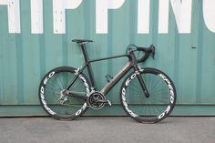 rafael aero road bike r-008 -->