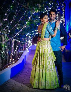 The Showstopper Bride Havishya and her Wedding Story Wedding Dress Men, Indian Wedding Outfits, Saree Wedding, Indian Outfits, Lehnga Dress, Indian Lehenga, Lehenga Designs, Indian Attire, Half Saree