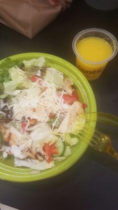 Hayal kırıklığı olsa bile sağlıklı açlık:) chicken cheese salad...
