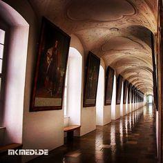 Markus Medinger Picture of the Day | Bild des Tages 07.02.2016 | www.mkmedi.de #mkmedi  #365picture #365DailyPicture #pictureoftheday #bilddestages #buildings #hdr  #instagood #photography #photo #art #pic #photographer #exposure #composition #focus #capture #moment  #kloster #kaisergang #licht #schatten #wachau  #stiftmelk #melk #niederösterreich #österreich #europa  @srs_buildings @viennatouristboard @wien @wachaublog