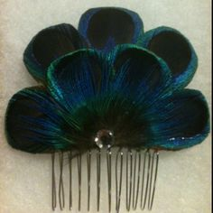 Peacock hair comb