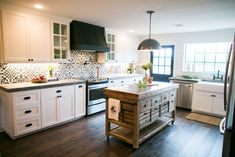 The black and white kitchen tile