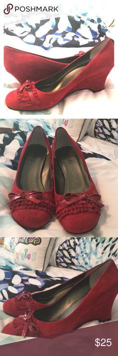 Red Van Eli Pumps Like New, red suede Van Eli wedge pumps from Nordstrom. Never worn, size 9. Van Eli Shoes Heels