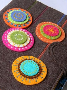 Easy embroidery stitches on shapes looks fab! Felt Crafts, Fabric Crafts, Sewing Crafts, Wool Applique Patterns, Felt Patterns, Felt Embroidery, Felt Applique, Embroidery Stitches, Felt Bookmark