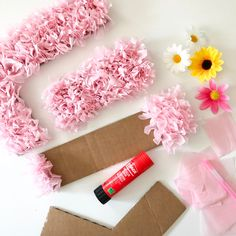 Oct 2019 - Easy Tissue Paper Wall Letters – Make it Laura Tissue Paper Flowers Easy, Tissue Paper Decorations, Paper Flowers Craft, Large Paper Flowers, Paper Flower Wall, Paper Flower Tutorial, Diy Party Decorations, Paper Roses, Flower Crafts