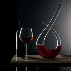 Discover The Elegance Accent Decanter Direct From Waterford