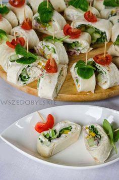 Wszędobylskie: Wiosenne roladki z tortilli. Appetizer Buffet, Appetizers, Aga, Caprese Salad, Bruschetta, Baked Potato, Catering, Food And Drink, Mexican