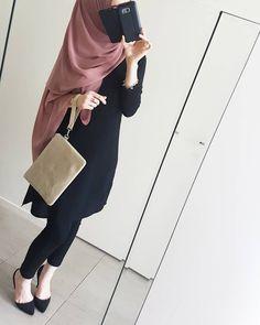 belimiqra24 Casual Hijab Outfit, Hijab Chic, Hijab Dress, Islamic Fashion, Muslim Fashion, Abaya Fashion, Fashion Outfits, Frock Fashion, Fasion