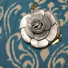 Coin purse Silver flower never used Brandy Melville Bags Wallets