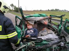 Fatal Car crash, five dead, incredible accident