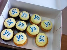 Yammer Cupcakes from Hall & Wilcox!