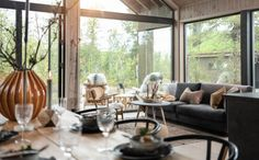 Bildegalleri - Sjemmedalhytta Italy House, Sweet Home, New Homes, Dining Table, Table Decorations, Baby 2017, Furniture, Logs, Cabins