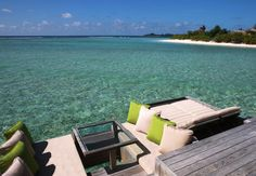 I'd love to have breakfast here, take a nap, or just sit and stare!