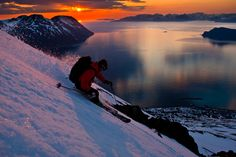 Sven Brunso skiing under the midnight sun at Lyngen Lodge in the Lyngen alps of northern Norway Ski And Snowboard, Snowboarding, Places Around The World, Around The Worlds, World Most Beautiful Place, Beautiful Places, National Geographic Adventure, Freestyle Skiing, Ski Mountain
