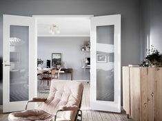 http://cocolapinedesign.com/2017/01/23/home-grey-brown/