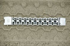 Buddha to Buddha handmade silver 'Joost' bracelet is crafted with love and dedication by the best traditional silversmiths in the world. Every piece is unique, every piece has a soul. #buddhatobuddha #jewellery #silver #handmade # Amsterdam #Bali #lovenature #joost #bracelet