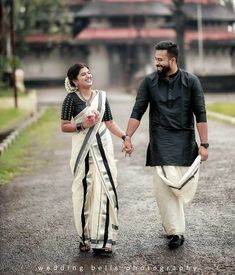 South Indian bridal trends that you must now save as bookmarks – girl photoshoot poses Indian Photoshoot, Couple Photoshoot Poses, Couple Posing, Indian Wedding Couple Photography, Wedding Couple Poses Photography, Indian Wedding Photos, Indian Weddings, Romantic Weddings, Real Weddings