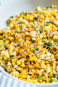 Mexican Street Corn off the Cob - Mexican Street Corn in a Bowl A less messy way to eat Mexican street corn! This Mexican street corn off the cob is one you'll want to make for all your parties year-round! Mexican Corn Side Dish, Mexican Street Corn Salad, Mexican Street Food, Mexican Dishes, Mexican Meals, Mexican Corn Dip, Roasted Corn Salad, Canned Corn Recipes, Gastronomia