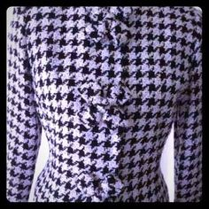 Maggy London  - Houndstooth Blazer w/ tweed flower buttons, size M | $35 | #Poshmark #Houndstooth #blazer #jacket #tweed | https://poshmark.com/closet/behappy2