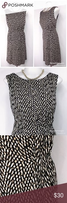 🆕 Ann Taylor LOFT Patterned Dress sz Med Beautiful work appropriate dress from Ann Taylor LOFT in size medium. Could also be worn for a night out or date or special event. Extremely versatile! Black, white and tan pattern with a gathered section for a super flattering look. Fully lined and in great condition! Pair with a sweater and boots for fall and winter or wear your round with sandals or dress shoes. This dress will not disappoint. Stretchy 70% Rayon and 30% Tencel. Size medium Ann…
