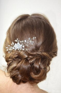 Wedding Hair Comb Bridal Pearl and Crystal Hair by NovaHandmade