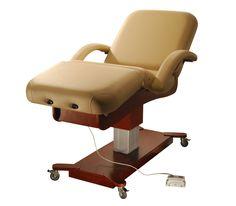 Luxury Howard-Deluxe Series Electric Massage Table | https://www.massagestore.com