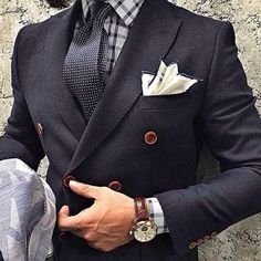 #Nice #Tie #Watch https://www.pinterest.com/JonathanS1992/