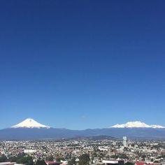 Popocatepetl and Iztaccihuatl Volcano México City