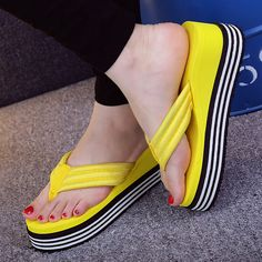 2017 summer women's word drag the bottom of the high heels non slip foot beach slippers home slippers shoes Sandals