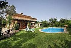 Schöne Villa mit internet anschluss, Klimaanlage, großen Pool. Geliegen im Umgebung von La Font