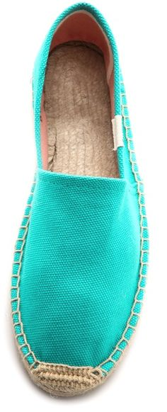 love these canvas espadrilles http://rstyle.me/n/nydv9r9te