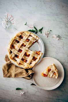Bourbon and Brown Sugar Peach Pie