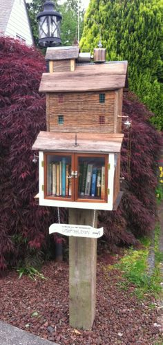 Free little library Mini Library, Little Library, Free Library, Library Ideas, Free Books To Read, I Love Books, Mobile Library, Fire Hall, Lending Library