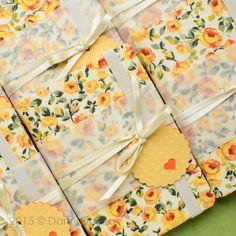Mini cadernos para #lembrancinha www.malaguetacraft.comw  #minijournals #weddingfavors