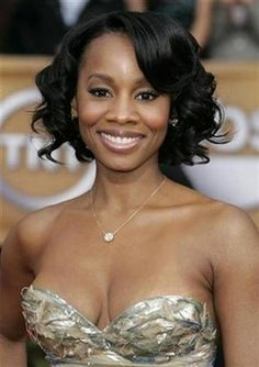Anika Noni Rose is an American singer and actress known for her Tony Award winning performance in the Broadway production of Caroline, or Change and her starring roles in the films Dreamgirls and The Princess and the Frog.  This star shines despite her asthma!