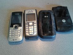 4 Old cell phones in Stuffwegot's Garage Sale in Williamsport , OH for $10. 4 cell phones worked when stoped useing. no chagers