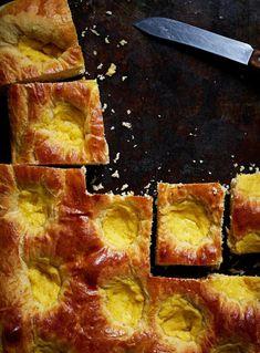 Peltidallakset | Leivonta, Makea leivonta | Soppa365 Spanakopita, No Bake Desserts, Pepperoni, Cornbread, Pizza, Treats, Ethnic Recipes, Food, Baking Ideas